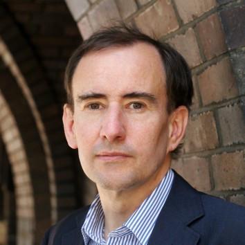 Dr. Uwe Jean Heuser