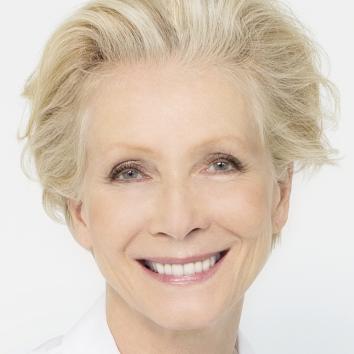 Dr. Maria Schneider