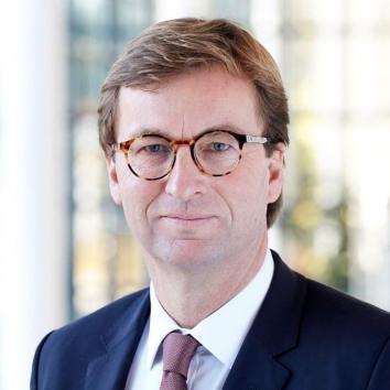 Dr. Uwe Schroeder-Wildberg
