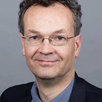 Dr. Jeromin Zettelmeyer