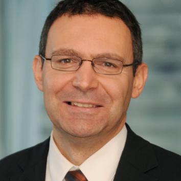 Dr. habil. Attila Pausits PhD