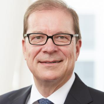 Dr. Peter von Arx