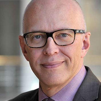 Dr. Ekkehard Winter