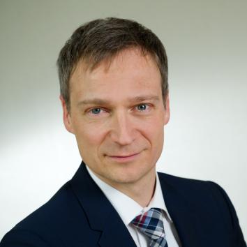 Dr. Volker Wetekam