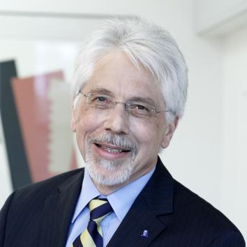 Prof. Dr. Werner Müller-Esterl