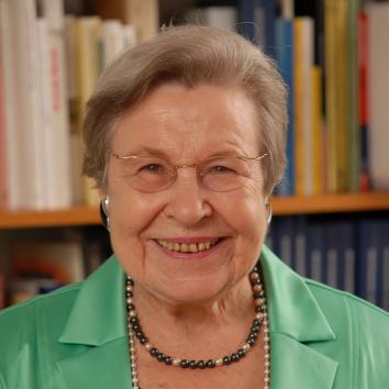 Prof. Dr. Dres. h.c. Ursula Lehr