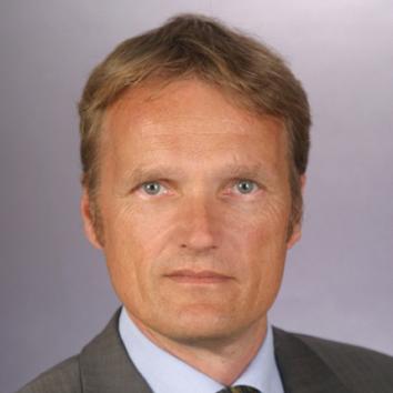 Dr. Karsten Sach