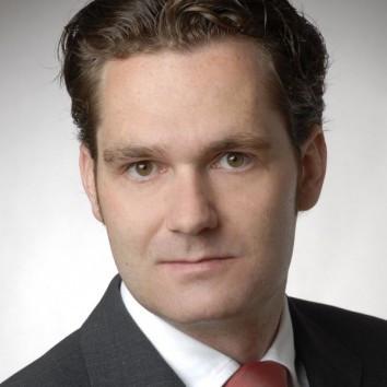 Dr. Alexander Bolz
