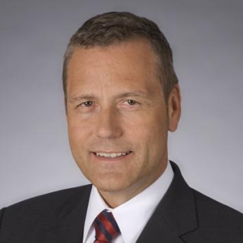 Dr. Dirk Tuttlies