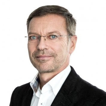 Dr. Stefan Simianer