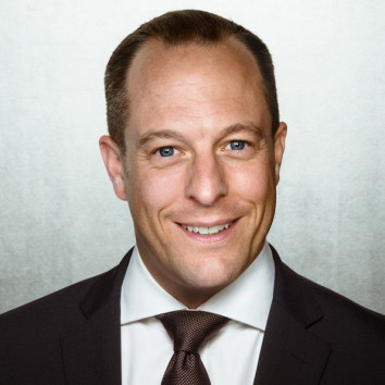 Dr. Daniel Geiger