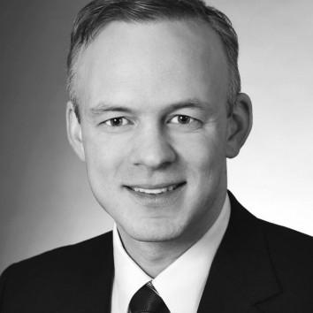 Dr. Jens Tuischer