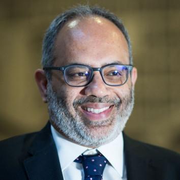 Prof. Carlos Lopes