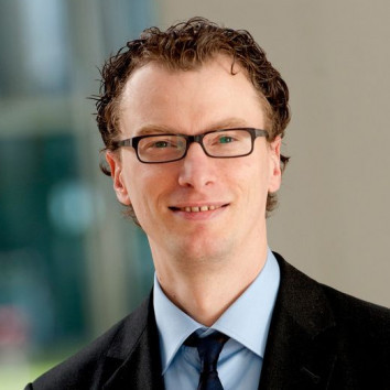 Dr. Sebastian Lochen