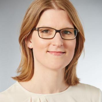 Dr. Johanna Hartog