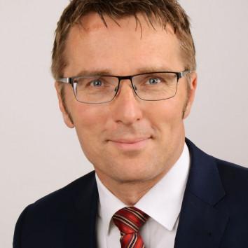 Prof. Dr. Micha Teuscher