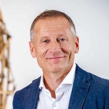 Dr. Peter Görlich