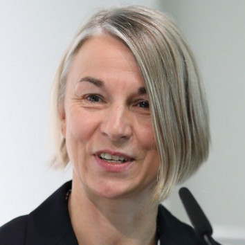 Dr. Jutta Heix