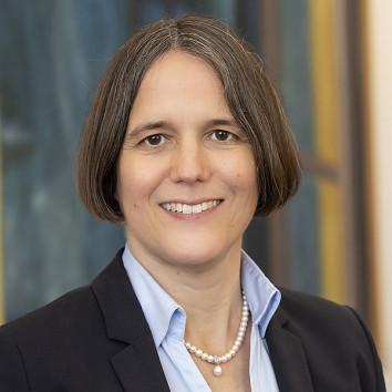 Prof. Dr. Julia von Blumenthal