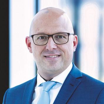 Dr. Carsten Ott