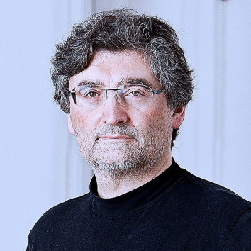 Parvis Avini