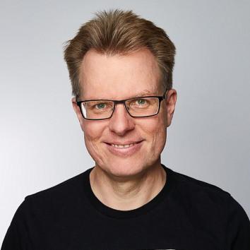 Dr. Kai Schumacher