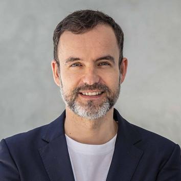 Dr. Michael Barilleere-Scholz