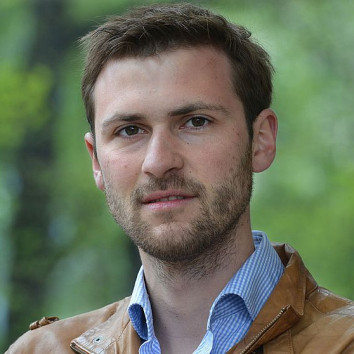 Dr. Wolfgang Gruendinger