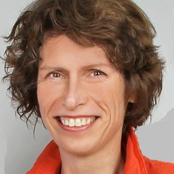 Dr. Brigitte Adam