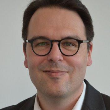 Dr. Florian Hofer