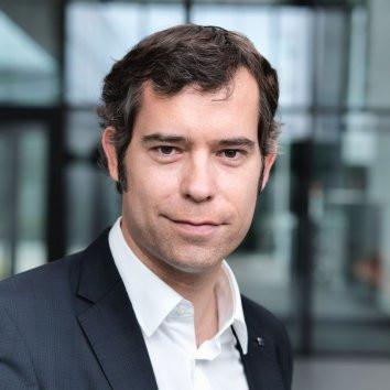 Dr. Andreas Moeller