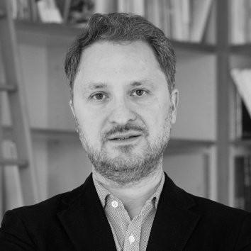 Dr. Yilmaz Dziewior