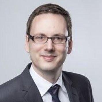 Dr. Stefan Rueping