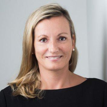 Dr. Irina Kummert