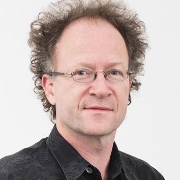 Dr. Martin Hirsch